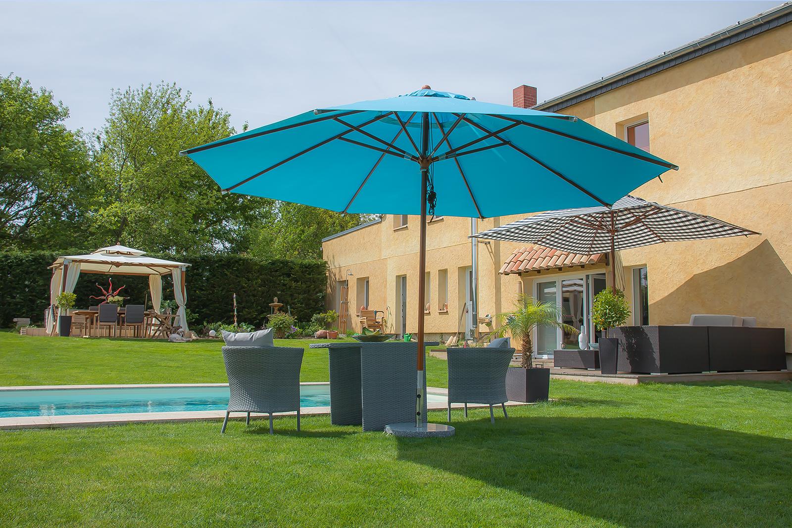 Sonnenschirm, Pavillon, Gartenmöbel, Polyrattanmöbel, Sommer